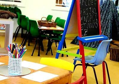 childcare-colouring